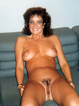 hairy brunette milf stripping