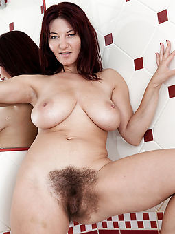 hairy brunette cunt stripe
