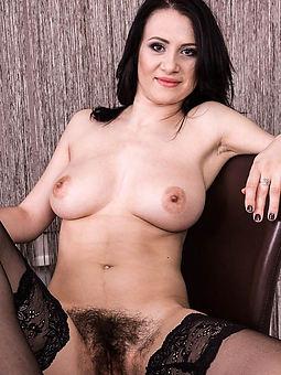 Hairy Brunette Pics