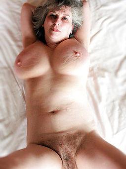 mature puristic moms free porn pics