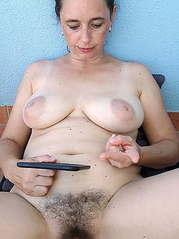 hairy amateur solo xxx pics