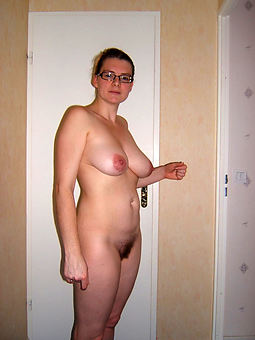 porn pictures be fitting of solo hairy women