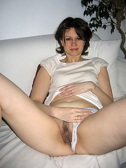 hairy solo women sex pictures