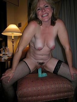 reality hairy milf masturbation