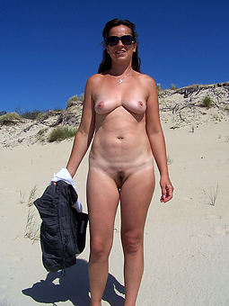 nice hairy pussy absent from free pics