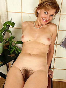 nice solo hairy pussy