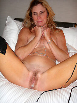 pretty hairy blonde pussy photos