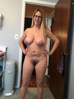 nude pictures of beamy tits hairy