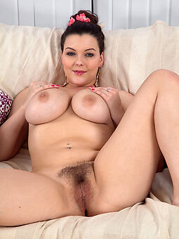 mature big tits hairy pussy amature porn