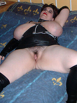 mature chubby tits hairy pussy amateur nude pics