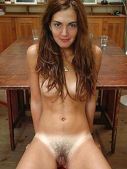 European Hairy Pussy Pics