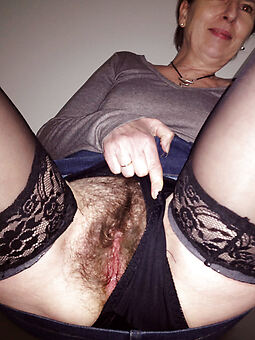 sexy prudish milf amature porn pics