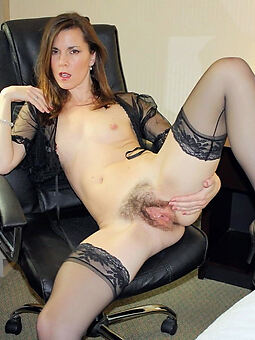 porn pictures of hot sexy hairy pussy