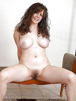 girlfriend hairy pussy porno pics