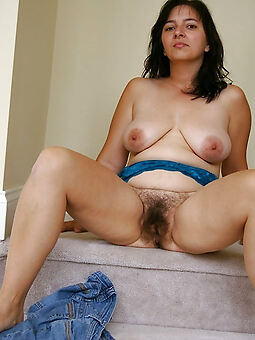 juggs hairy housewife pics