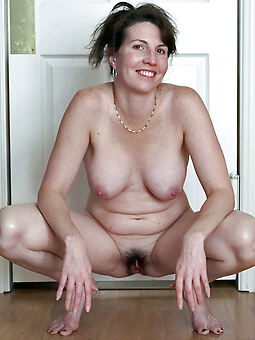 xxx housewife hairy pussy gallery