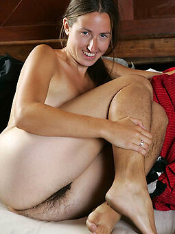 naked girls with hairy legs brigandage