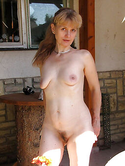 porn pictures be fitting of amateur unshaved nude women