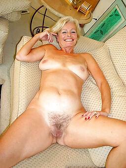 reality mature hairy vagina