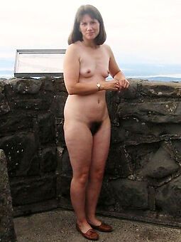 porn pictures of sexy hairy pussy outdoors