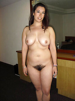 naked chubby hairy pussy