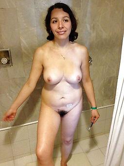 hairy brunettes amature porn