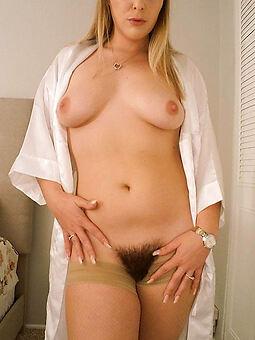 hot hairy blond stripping