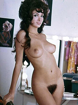 pretty retro hairy pussy