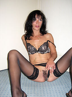 hairy brunette pussy nudes tumblr