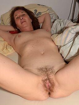 nude puristic women pics
