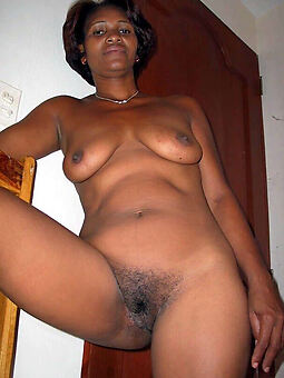 porn pictures of black women with hairy pussy