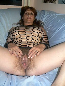grannys muted pussy hot porn pics