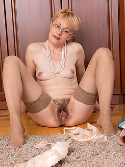 lovely prudish upper classes amature porn
