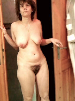 amateur hairy milfs truth or dare pics