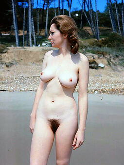 wet hairy pussy outdoors xxx pics