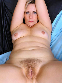 full-grown hairy beamy free naked pics