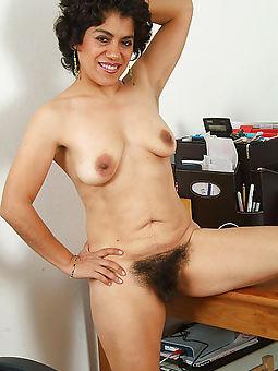 free hairy ebony pics