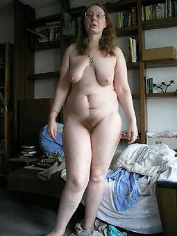 granny hairy vagina free nude pics