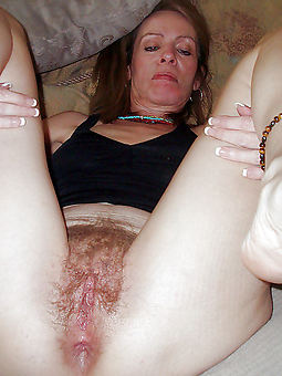 natural wet hot hairy pussy