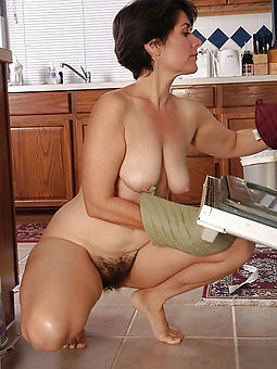 curvy hairy cunt wife