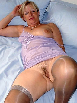 hairy women give stockings amatuer