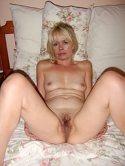 natural hairy women nude amature porn