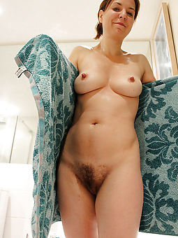 juggs mom hairy vagina