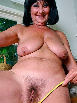 curvy hairy naked old lady