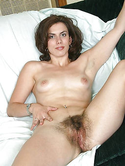 small tits hairy pussy amature sex pics