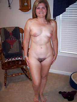 little tits hairy pussy pics
