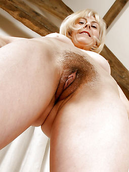 women hairy vagina amature sex pics