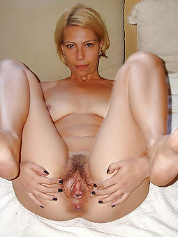 hairy adult pussy
