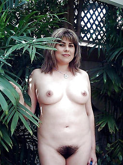 uncompromisingly hairy women nude amateur nude pics