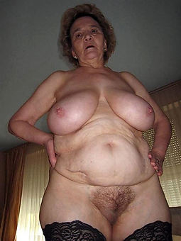 amature very hairy pussy pic